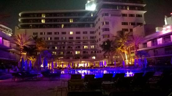 The Ritz Carlton South Beach Pool At Night Open 24 Hours