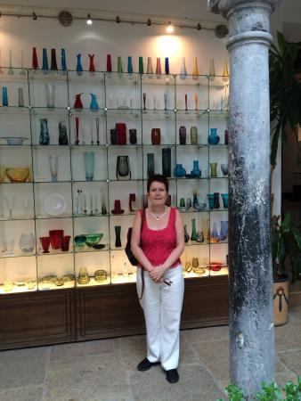 Modern glass collection - Picture of Museo del Vidrio y ...