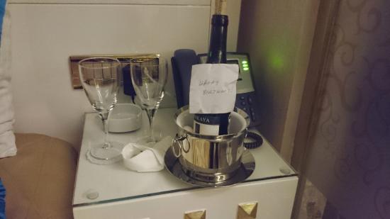The Million Stone Hotel: ... és a kedvesség :) Köszönöm ...Teşekkür ederim