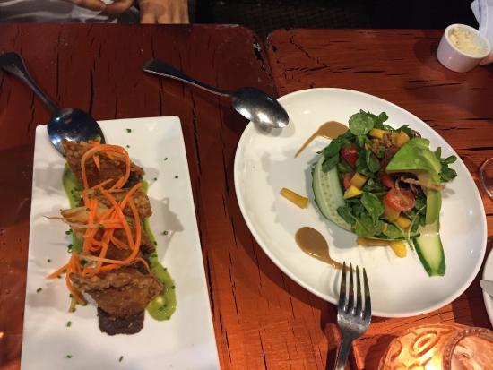 The Cuban Restaurant and Bar: Empanadas