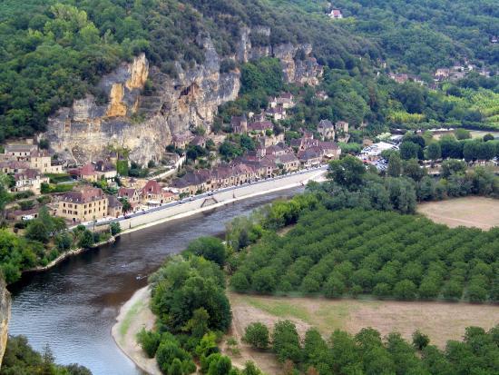 Hotel La Belle Etoile: Vue sur la Dordogne depuis les jardins de Marqueyssac