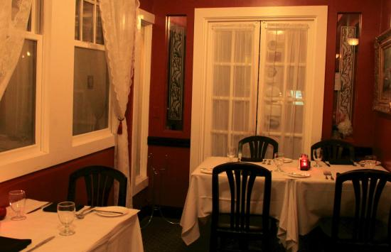 Glen Echo, MD: Another Nook in the Dining Area