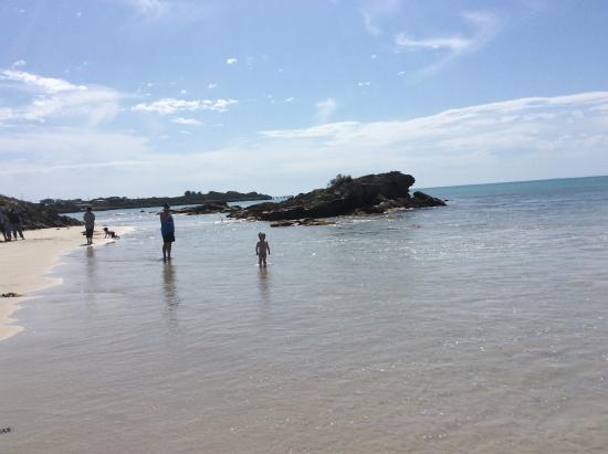 Sea Vu Caravan Park: Great beach