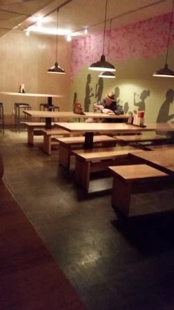 Yum Yum noodlebar: Main Seating Area