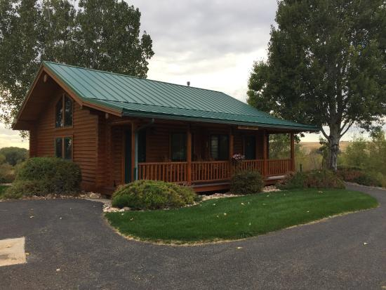 Shell, WY: The Hideout Lodge & Guest Ranch