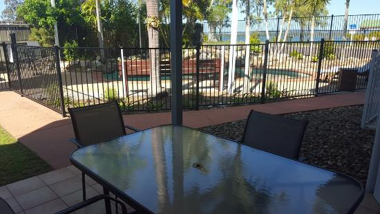 Dolphin Waters : Patio