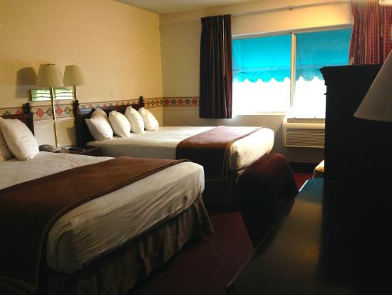 Motel 6 Salt Lake City Downtown: room