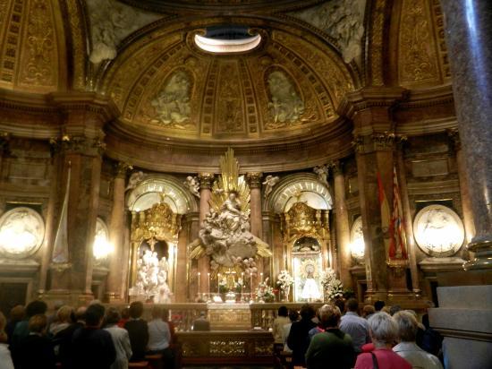 Nostra Signora del Pilar - Picture of Basilica de Nuestra Senora del Pilar, Z...