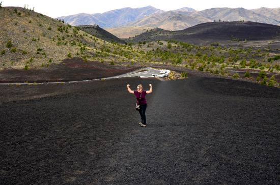 Craters of the Moon National Monument: Yes, we CAN summit Inferno Crater!