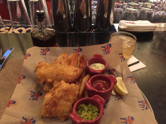 Picture of gordon ramsay pub grill las for Gordon ramsay las vegas fish and chips