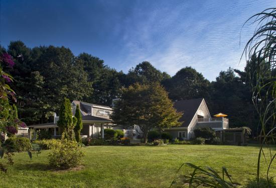 Abbey's Lantern Hill Inn is nestled in a beautifully landscaped 6.5 acre property.