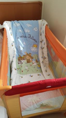Casa di Accoglienza Paolo VI: wonderful baby crib