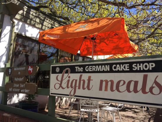 The German Cake Shop: Beautiful outdoor seating area
