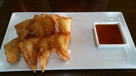 Thai Dishes: fried won ton