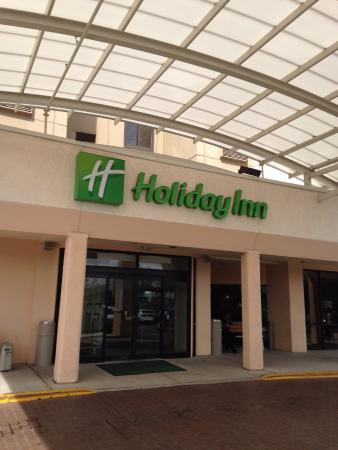 entrada principal picture of holiday inn newark airport. Black Bedroom Furniture Sets. Home Design Ideas