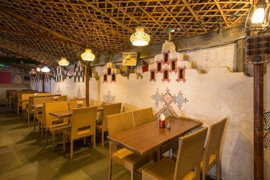 โฮเต็ล มายา แมนชั่น: Restaurant