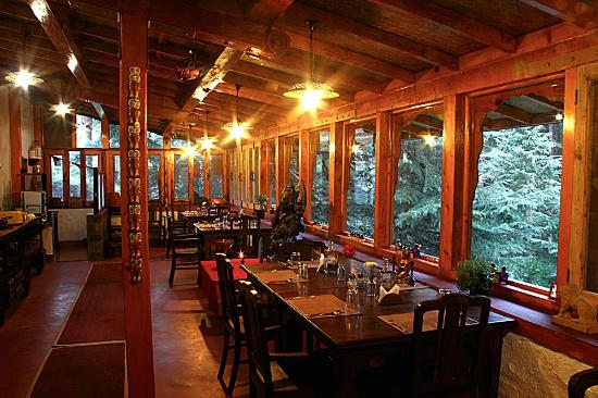 Van Serai - Forest Lodge