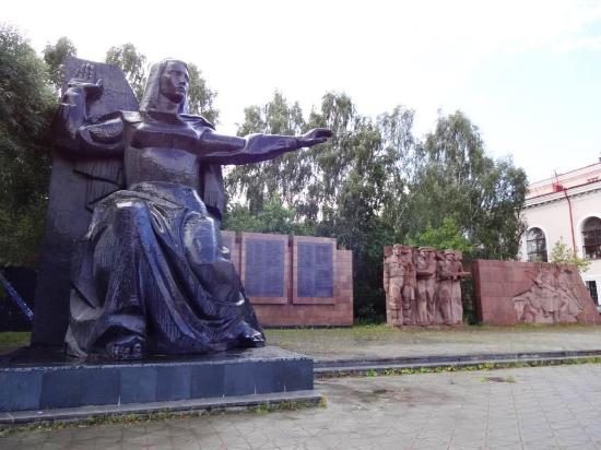 Memorial to the Soldiers-Vizovtsy Who Died During the Great Patriotic War