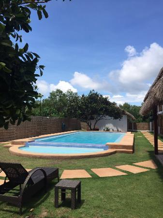 Scent of Green Papaya Resort: Swimming Pool