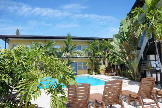 Surf n' Sand : view of pool area