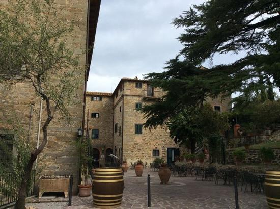 Villa Schiatti: Entrance to the villa