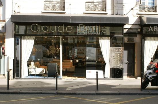 Rue Du Faubourg Saint Antoine Magasin  Photo De me
