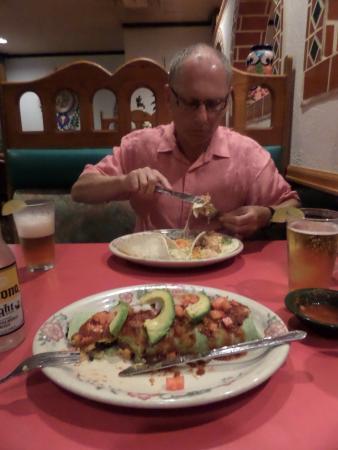 Los Agaves: Veggie Burritos & Seafood Tacos