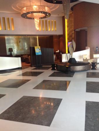 Holiday Inn Amritsar Ranjit Avenue: Big Reception Area