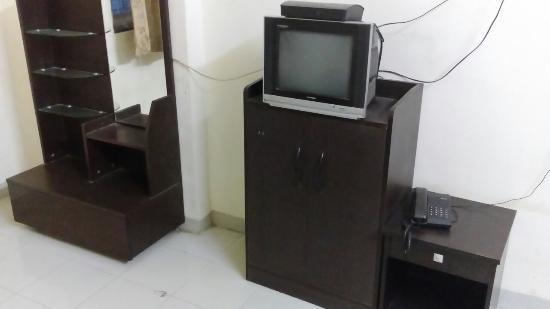 Hotel Indradeep: TV