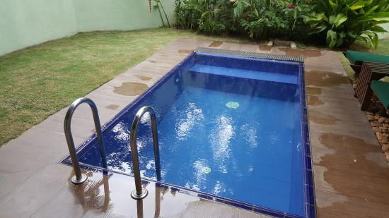 Brook Boutique Hotel & Spa: Private Pool بركة سباحة خاصة