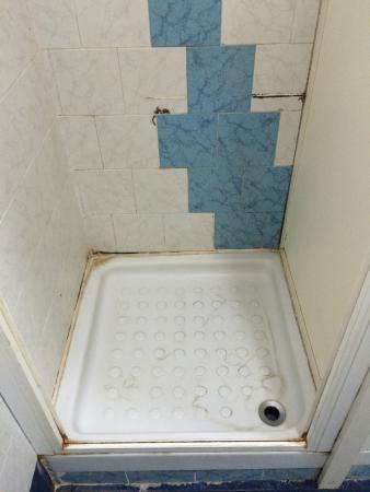 Avellino, Italy: doccia