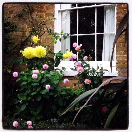 Hadlow Manor Hotel: Secret charming bits.