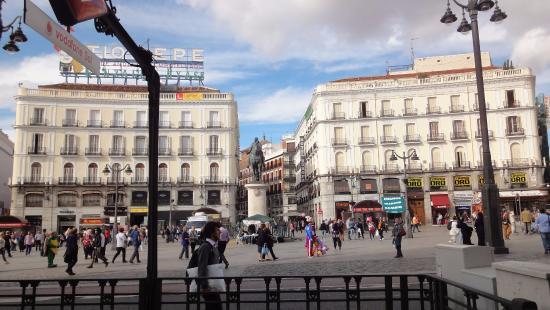 Puerta del sol picture of puerta del sol madrid for Puerta del sol 9 madrid