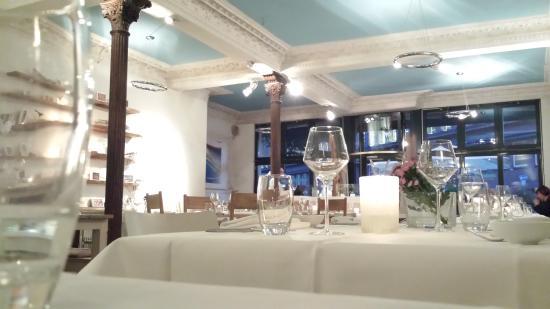 Brasserie Marblau: Hell und freundliche Atmosphäre im Mareblau