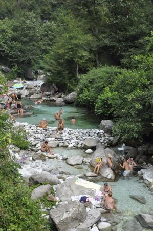 Rock pools of massa picture of province of lucca - Hotels in lucca italy with swimming pool ...