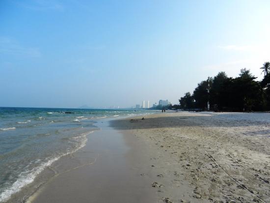 Hua Hin Beach - Picture of Hua Hin Beach, Hua Hin ...
