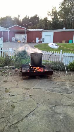 Hearth & Vine Cafe at Black Star Farms: Fish Boil