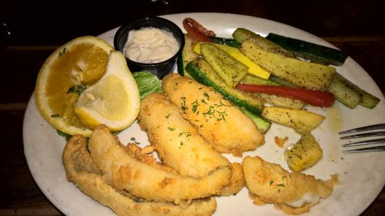 North Country Grill and Pub: Lake Perch