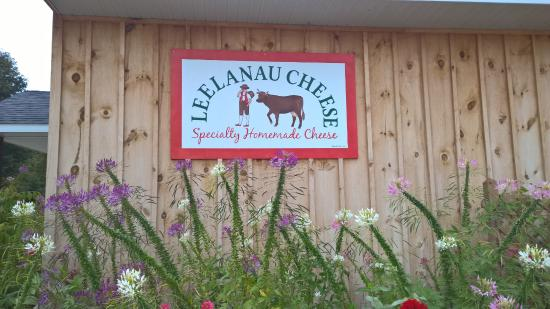 Suttons Bay, MI: Leelanau Cheese