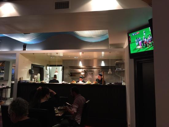 Voyager seafood restaurant picton omd men om for Fish restaurant marlborough