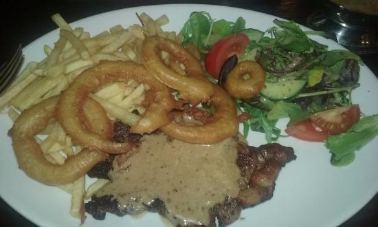 Seamer, UK: sirlion steak meal at the mayfield