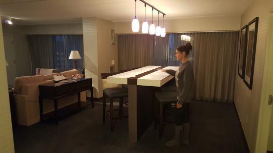2 Bedroom Hotels Columbus Ohio Urban Home Interior