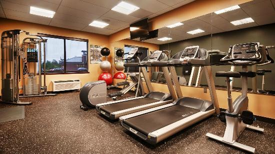 Fitness room at BEST WESTERN PREMIER Boulder Falls Inn