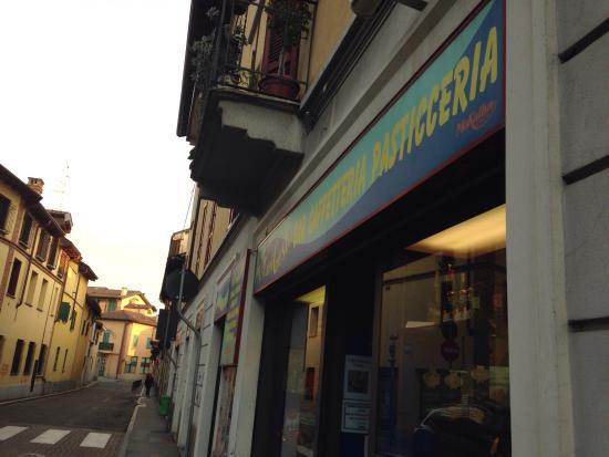 Novate Milanese, Italia: La vetrina