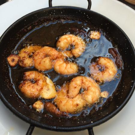 Bodegas Quitapenas: Deep fried shrimp - wonderful