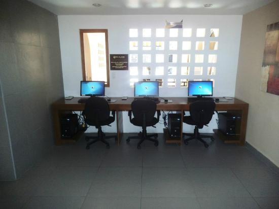 Hotel Cortez: Centro Computo