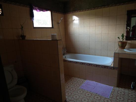 Mapa Lake View Bungalow: salle de bains