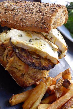 El Atril : Eggplant with goat cheese sandwich