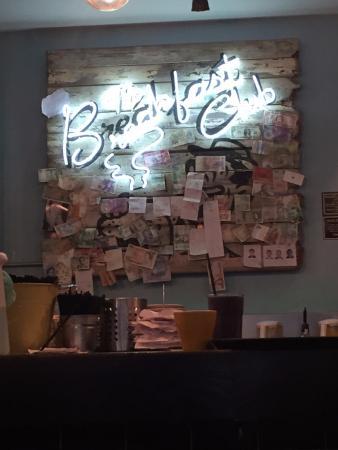 The Breakfast Club: Drinks Bar