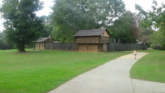 Sycamore Shoals State Park: Fort Watauga